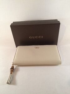 Gucci Women's Ivory Bamboo Tassel Leather Zip Around Wallet $595