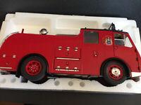 Dennis F8 1953 Feuerwehr Leeds City Fire Brigade Original Classics neu OVP 1:18
