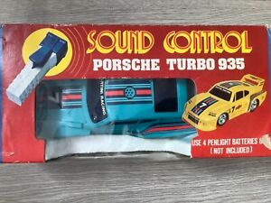Vintage Porsche Turbo 935 Martini Battery Operated Sound Control Car Boxed