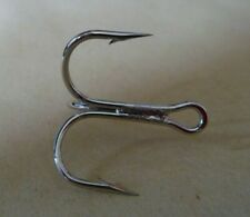 10 or 20 EXTRA  STRONG MUSTAD NICKEL PLATED TREBLE HOOKS SIZE 2 / 6  PIKE LURES