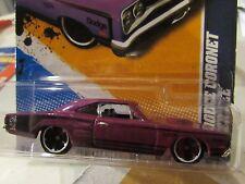 Hot Wheels '69 Dodge Coronet Super Bee Muscle Mania Purple