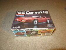 Monogram '85 1985 Chevy Corvette 1:24 Scale Model Kit 1984 Complete Unbuilt
