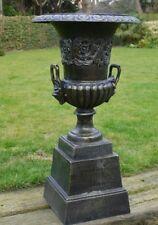 Vintage urna Grande De Hierro Fundido Y Base De Bronce final Florero Urna plantador de jardín