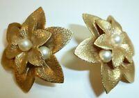 "HUGE Beautiful Vintage Marked SARAH COV 1-3/4"" Floral Pearl Clip On Earrings"