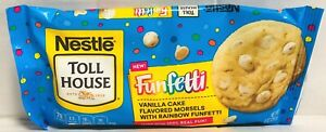 Nestle Toll House Funfetti Vanilla Cake with Rainbow Funfetti Morsels 9 oz