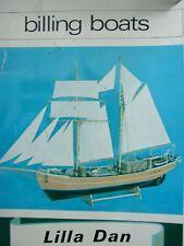 modellbausätze schiffe holz Billing Boats Lilla Dan mit Beslagsatz