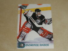 1998-99 Pacific Ice Blue #39 Dominik Hasek Lot A