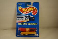 VINTAGE NOS 1991 - HOT WHEELS #204 - OSCAR MAYER WIENERMOBILE - MOC