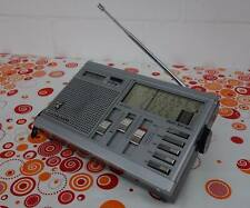1983er GRUNDIG YACHT BOY 460 Radio World Receiver mit LCD Uhr , works