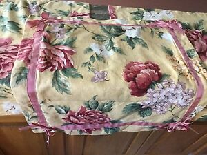 GORGEOUS CUSTOM SCHUMACHER PILLOW SHAMS+BONUS THROW PILLOW FRENCH COUNTRY