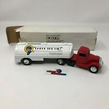 #3467  1937 Ford Check the Oil Magazine Bank ERTL * JD5