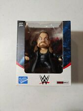 2018 WWE Loyal Subjects Action Vinyls Undertaker with urn, NIB