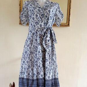 Laura Ashley Blue & White Vintage Style Cotton Dress - Button front. Size 14/16