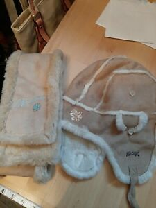 Mantaray Faux Fur Hat And Scarf