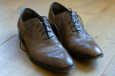 Yves-Saint Laurent Brown Shoes (Number 44) - Like new