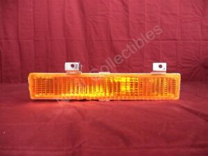 NOS Olds Delta 88 or 98 Parking Light Bumper Mounted Amber Lamp 1988 - 91 Left