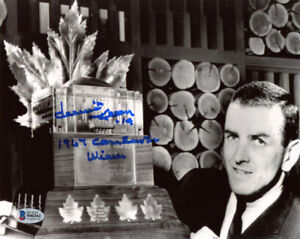 DAVE KEON SIGNED 8x10 PHOTO + 1967 CONN SMYTHE WINNER MAPLE LEAFS BECKETT BAS