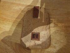 Cork mobile phone holder