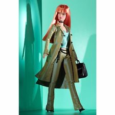 MODERN CIRCLE Barbie Producer Collectible Barbie Doll