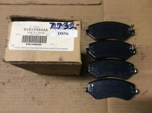 New Factory OEM Mopar Disc Brake Pad Pads Front 05019984AA