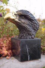 Bronze animalier représentant une tête d'aigle,de rapace