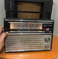 Vintage Soviet Russian USSR Radio Transistor VEF-206 LW AM MW 6SW WORKING