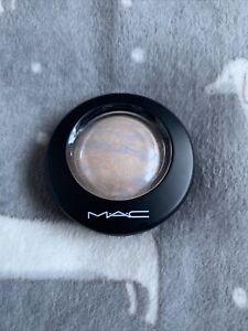 Mac Mineralize Skinfinish - Lightscapade