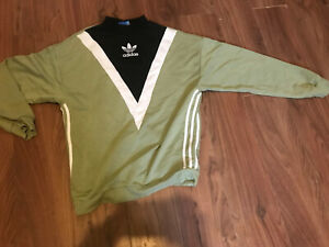 "Womens Adidas Original Sweatshirt Size Ten Green & Black Pit To Pit 20"""
