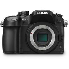 Panasonic LUMIX gh4, 3 batteries,(Comes with Lumix 12-35mm & 25mm)