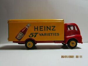 "Dinky Toy 920 ""Heinz"" ketchup Guy Van BOXED RARE"