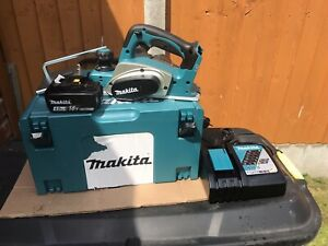 Makita 18v Planer DKP 180 New In Box With Inlay Charger And 1 X 4ah Battery