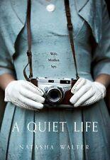 NATASHA Walter ___ A Quiet Life ___ MANCHADO EN TIENDA TAPA DURA ___