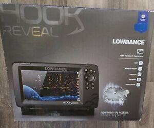 Lowrance HOOK Reveal 7x Fishfinder w/TripleShot Transducer 000-15515-001 NEW