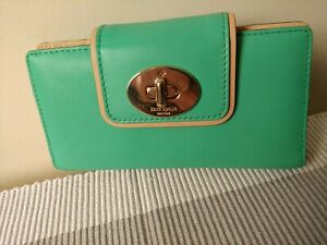 KATE SPADE GENUINE LEATHER PURSE WALLET BRAND NEW