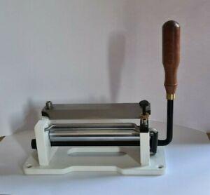 leather splitter machine.