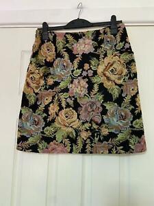 Laura Ashley Floral Skirt Mini Size 12 Womens (L768) Summer Unique Design