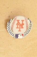 NY New York Mets baseball w/ laurels lapel pin MLB ball
