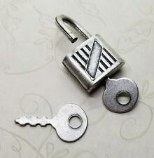 Large Oxidized Silver Lock With 2 Keys (1 Set) - SOL973