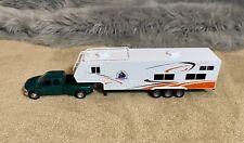 NewRay Hunting Trailer & Green Dodge Ram 3500 Truck