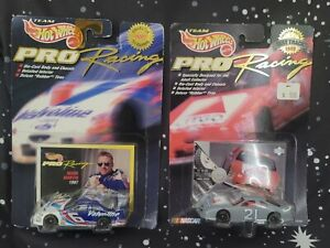 Hot Wheels Pro Racing 97 1st Edition Ford Thunderbird Mark Martin & Michael Walt