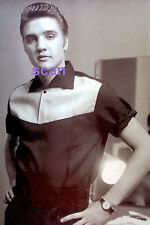 ELVIS PRESLEY WITH LANSKY BROS SHIRT IN DRESSING ROOM MILTON 1955 PHOTO CANDID