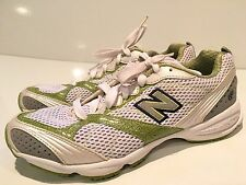 New Balance 670 Women's Athletic Running Shoes Size 9 B