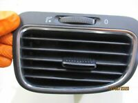 GENUINE 2008 VW GOLF TSI MK6 1.4L 2007-09, LEFT DASH AIR VENT 5K0819703