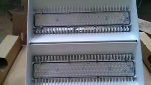 ZUMTOBEL LED-Hallenleuchte Craft M 42183550