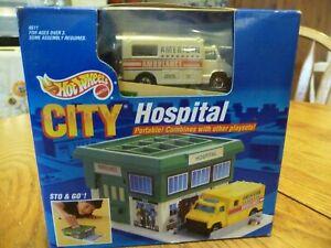 Vintage 1990 Mattel Hot Wheels City Hospital Portable Play Set Car Sto & Go  NEW