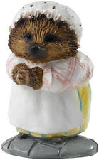 BEATRIX POTTER MRS. TIGGY-WINKLE (A28295) MINIATURE FIGURINE (BORDER/ENESCO)