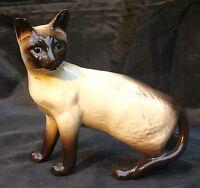 Vintage Beswick Sealpoint Siamese Cat 1897 designed by  Hallam.