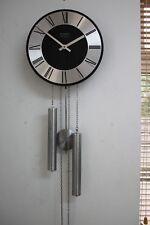 Vintage 1970-80's 2/poids frappant KIENZLE Design Horloge Murale S/finition noire