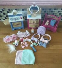VTG Fisher Price Briarberry Bears, Furniture, Clothing, & Accessories Lot