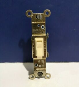 10 Leviton IVORY Single POLE Framed Toggle Quiet Toggle Light Switch 2651-I NEW